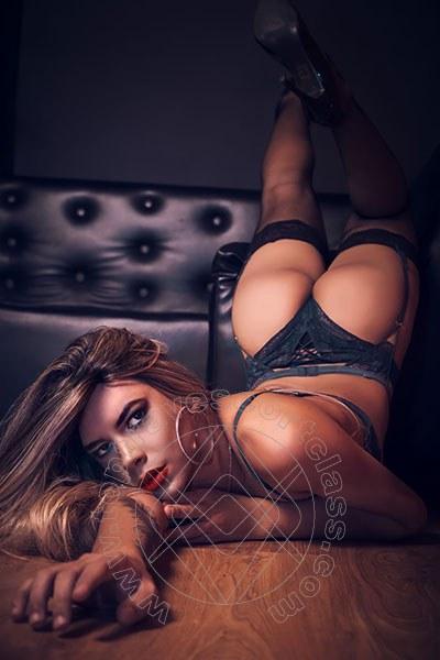 Elisa Loppez  GENOVA 3802398673